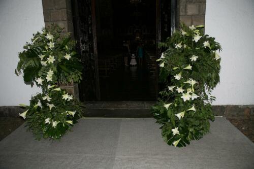 Ceremonia flores puerta