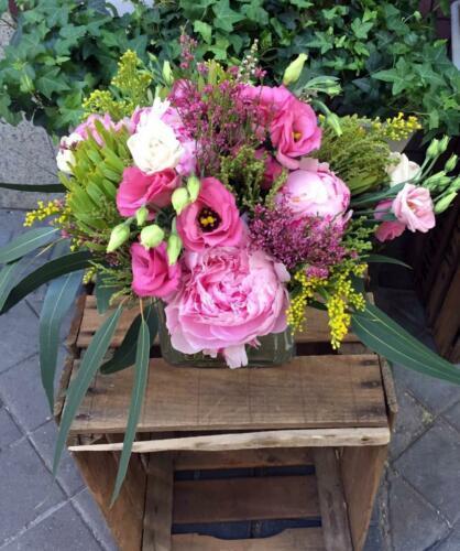 Ramo flores rosas silvestres
