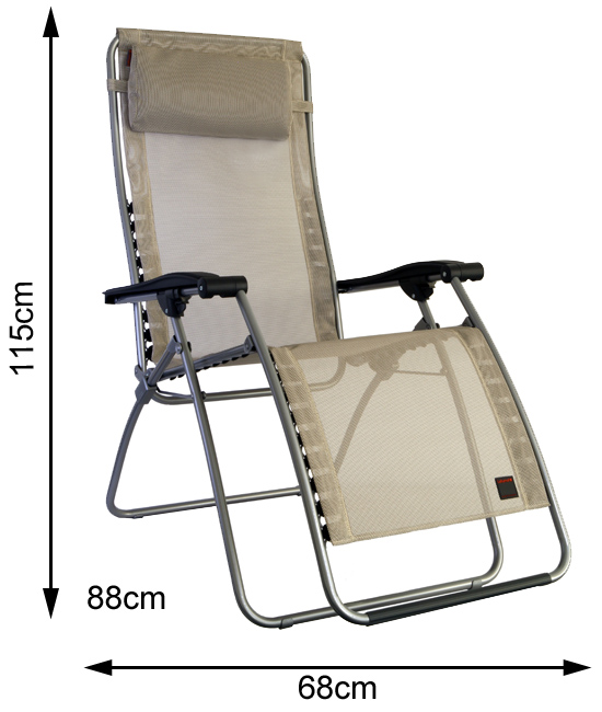 Measurements of an open Lafuma RS Clip Recliner