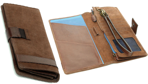 Dubarry Milltown Travel Wallet as a great Christmas gift for him from Philip Morris and Son