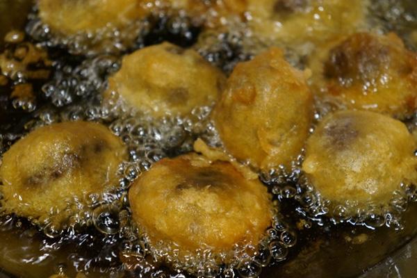 Frying Haggis Balls