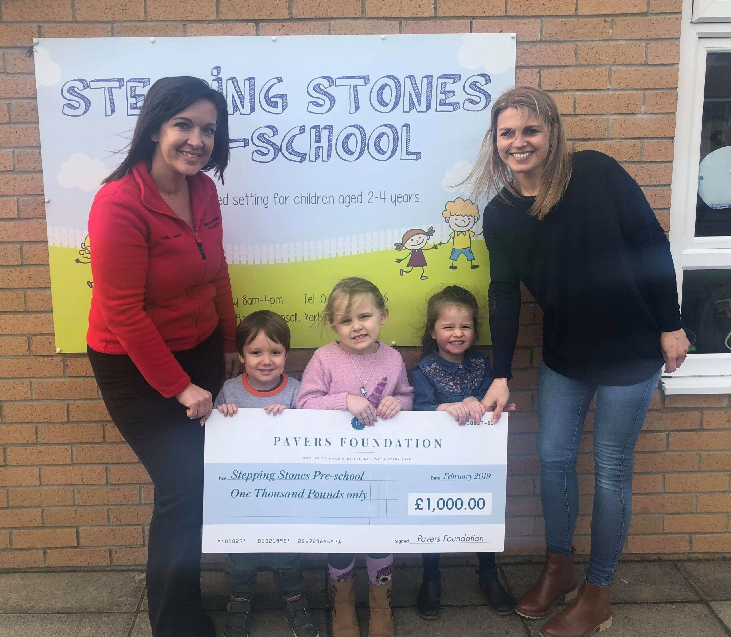 Pre-school receives £1,000 from the Pavers Foundation