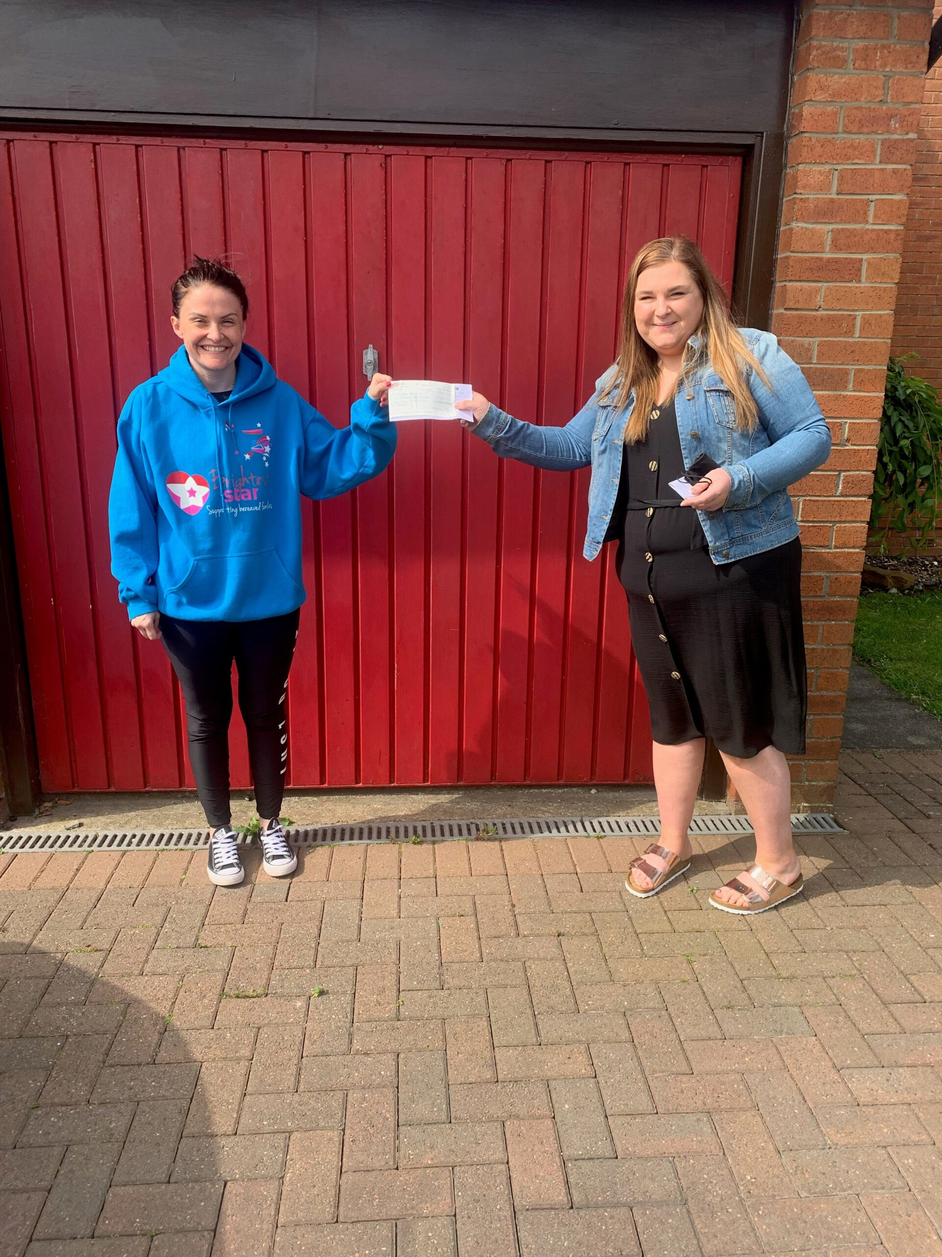 Pavers Foundation Donates £2,500 to Brightest Star
