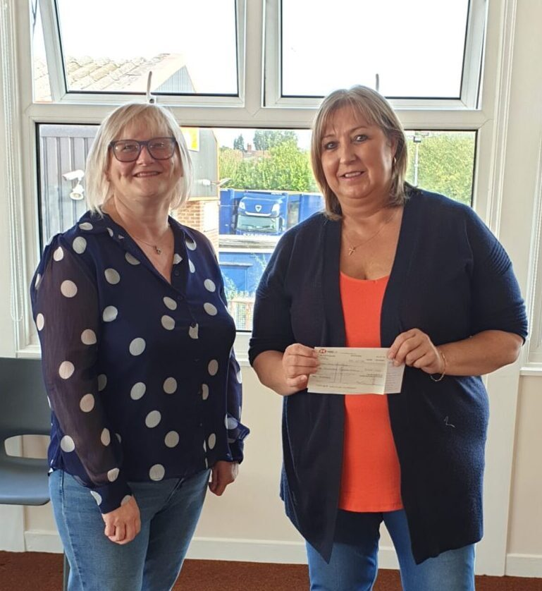 Pavers Foundation donates £500 to Women's Crisis Project