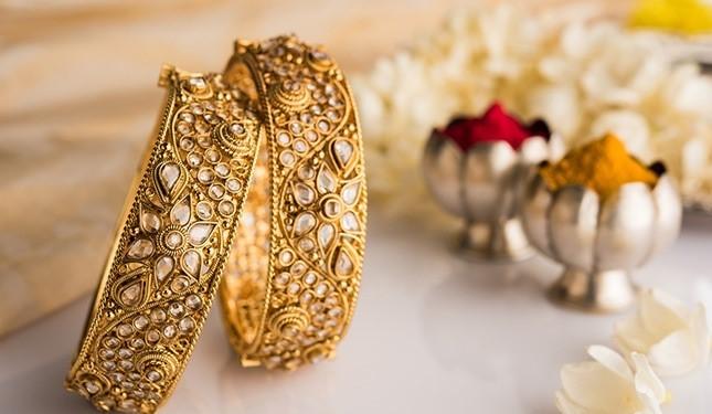 Jewellery industry urges Maharashtra govt to ease lockdown limitation on festive season