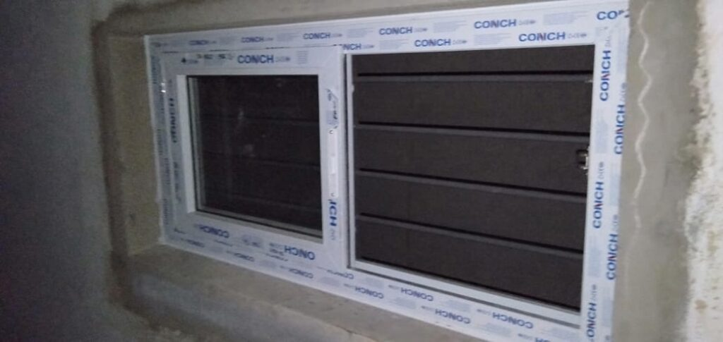 uPVC Fixed Window With Louver