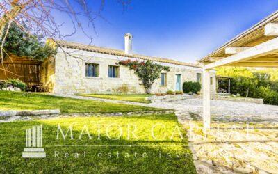 Olbia | San Pantaleo | Stazzo gallurese con giardino