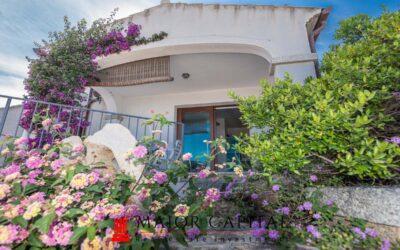 Budoni | Agrustos | Appartamento con ampia vista mare