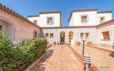 Arzachena | Elegante villa a schiera