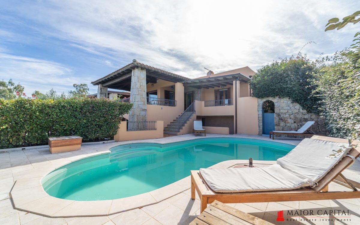 San Teodoro | Villa con piscina a 200 metri dal mare