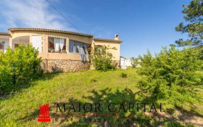 San Teodoro | Lu Lioni | Villa bifamiliare con giardino