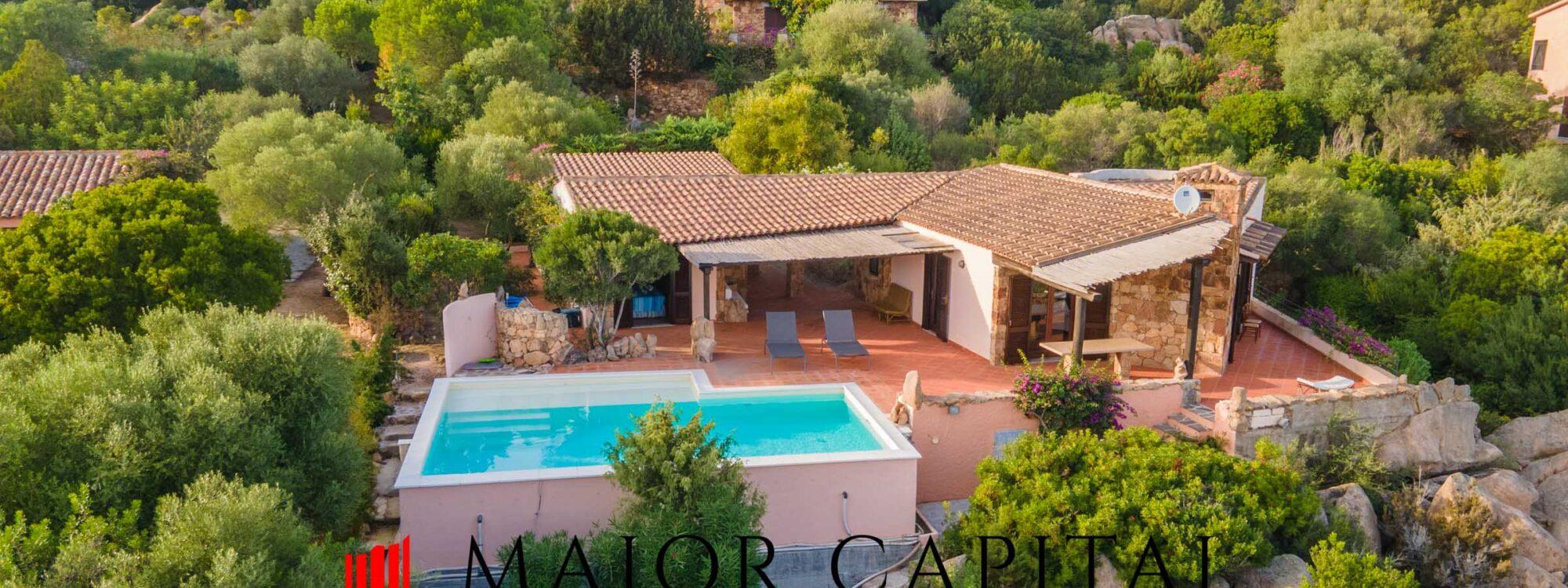 San Teodoro | Cala Ginepro | Villa con piscina