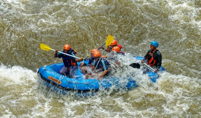 4 Awesome Watersports to Try This Summer