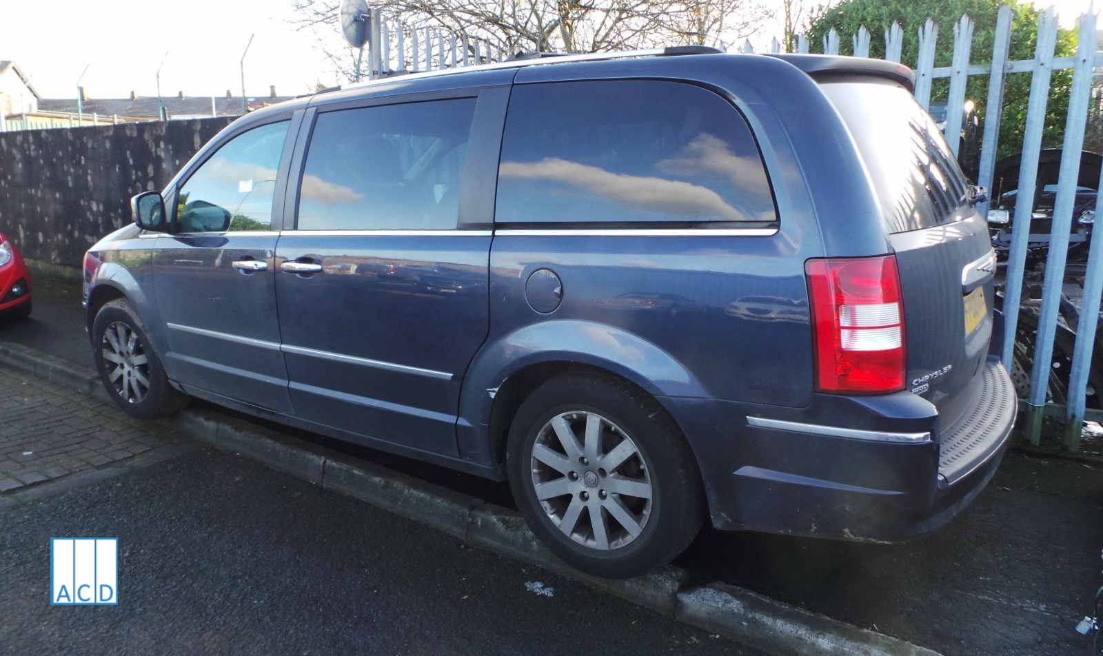 Chrysler Grand Voyager 2.8L Diesel 6 - Speed Automatic 2008 #3266 01