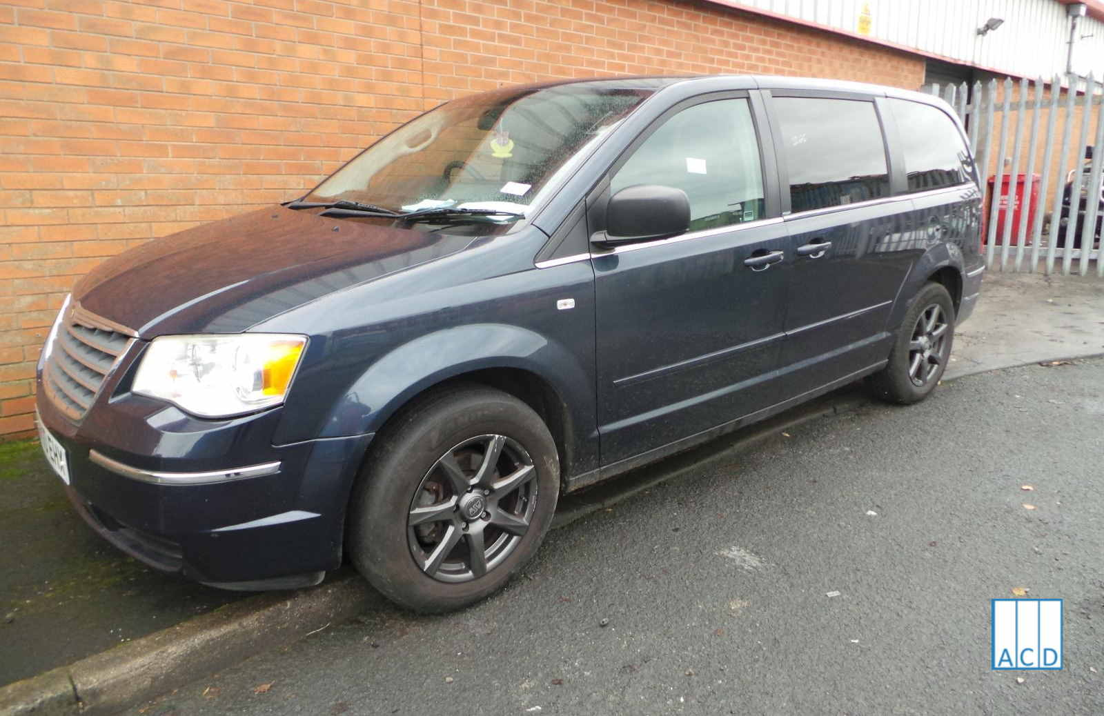 Chrysler Grand Voyager 2.8L Diesel 6-Speed Automatic 2010 #3265 01