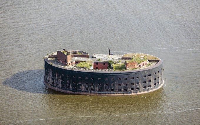 21. I. Alexander Hisarı, Kronstadt, Saint Petersburg, Rusya'nın bitişiğindeki kalelerden biri.