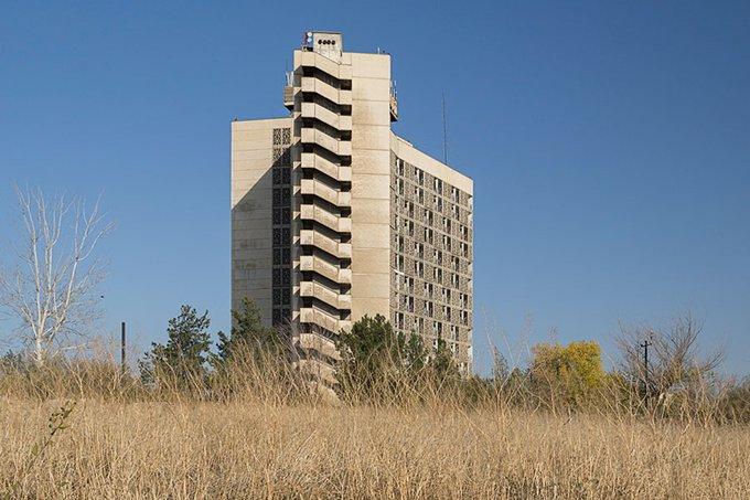 28. Khodent Hotel, 1970, Chkalovsk, Tacikistan.