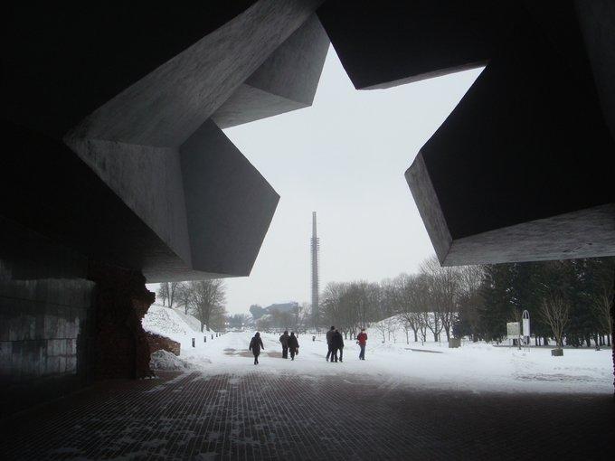 4. Brest Kahramanlık Kalesinin Sovyet yıldızı şekilli ana girişi, bir İkinci Dünya Savaşı hatırası.