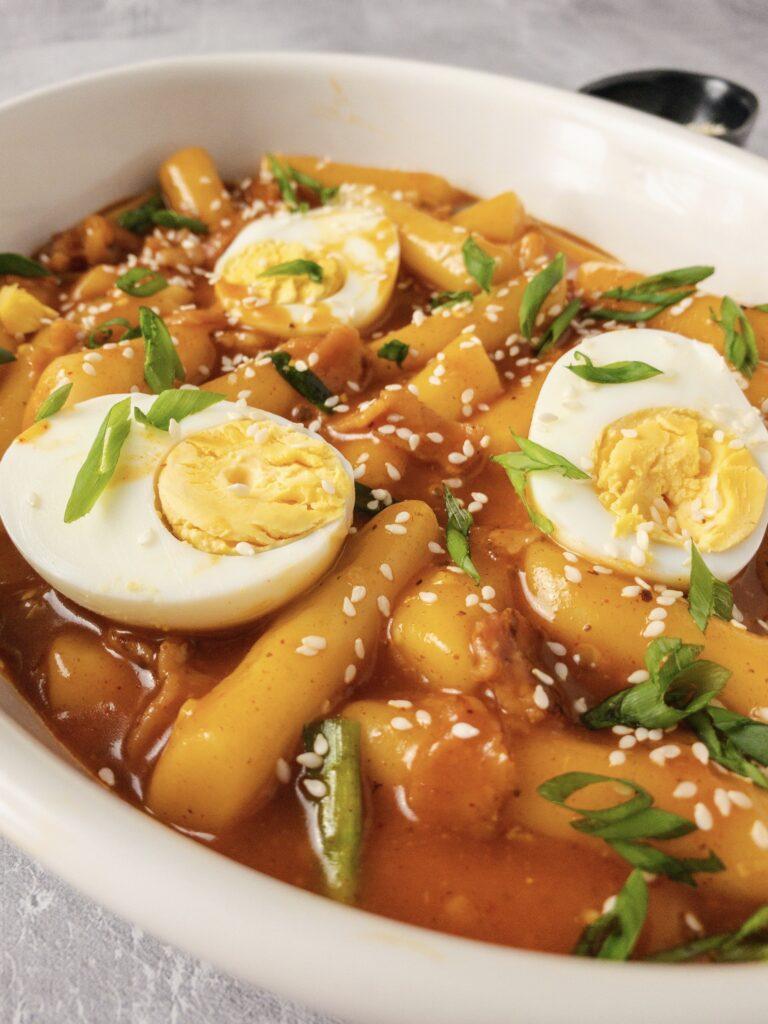 Korean Spicy Rice Cakes (Tteokbokki)
