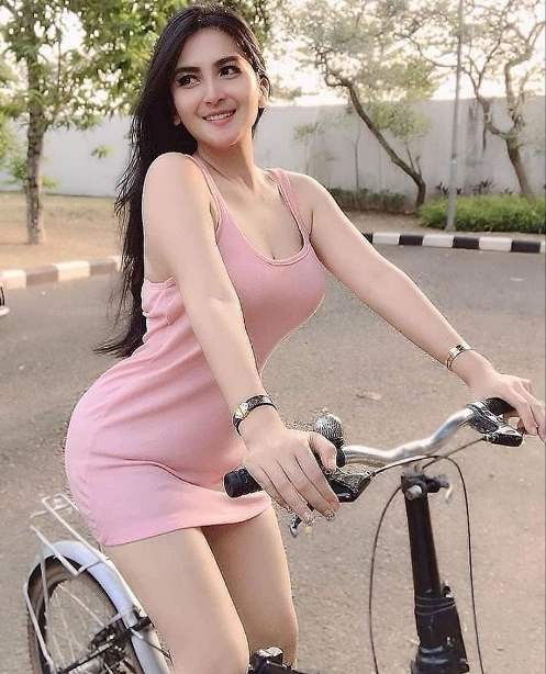 Girl-ride-Bicycle