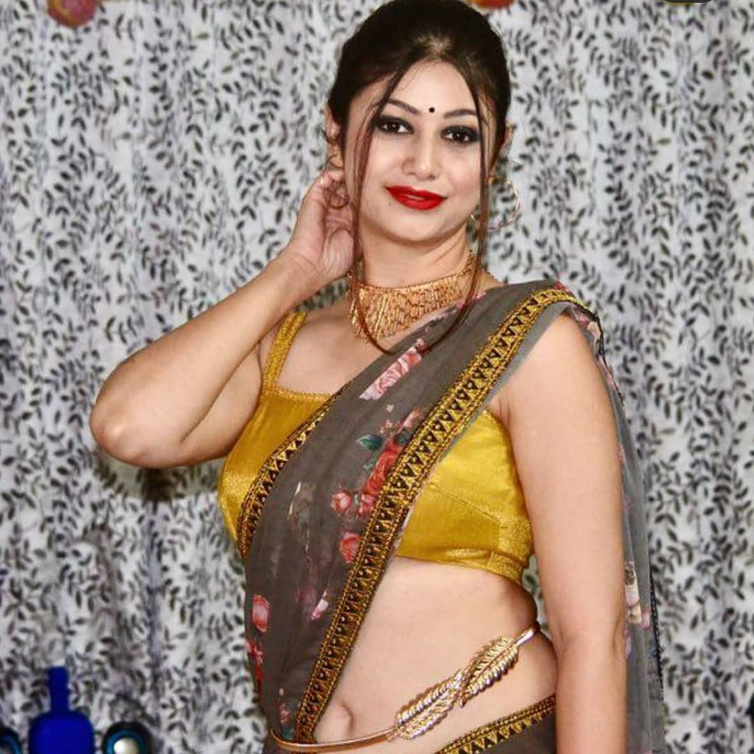 Bangalore Beautiful House wife