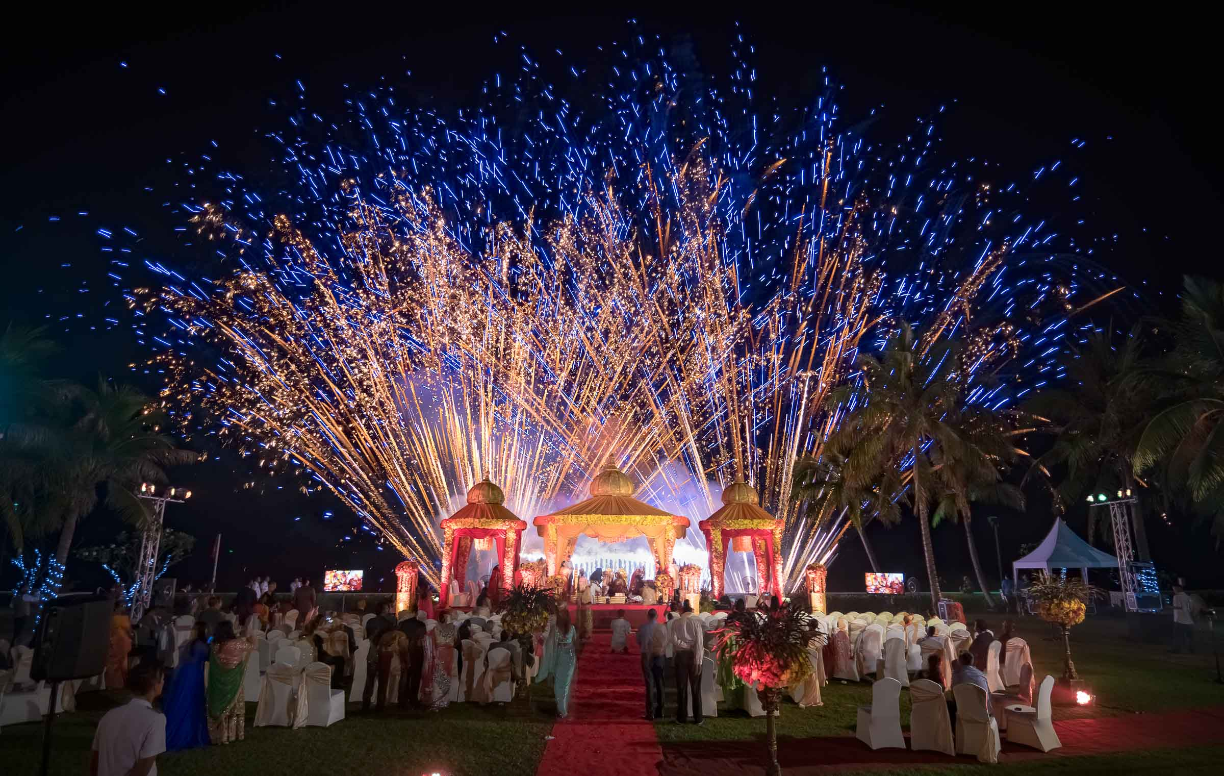 Cremony in thailand wedding
