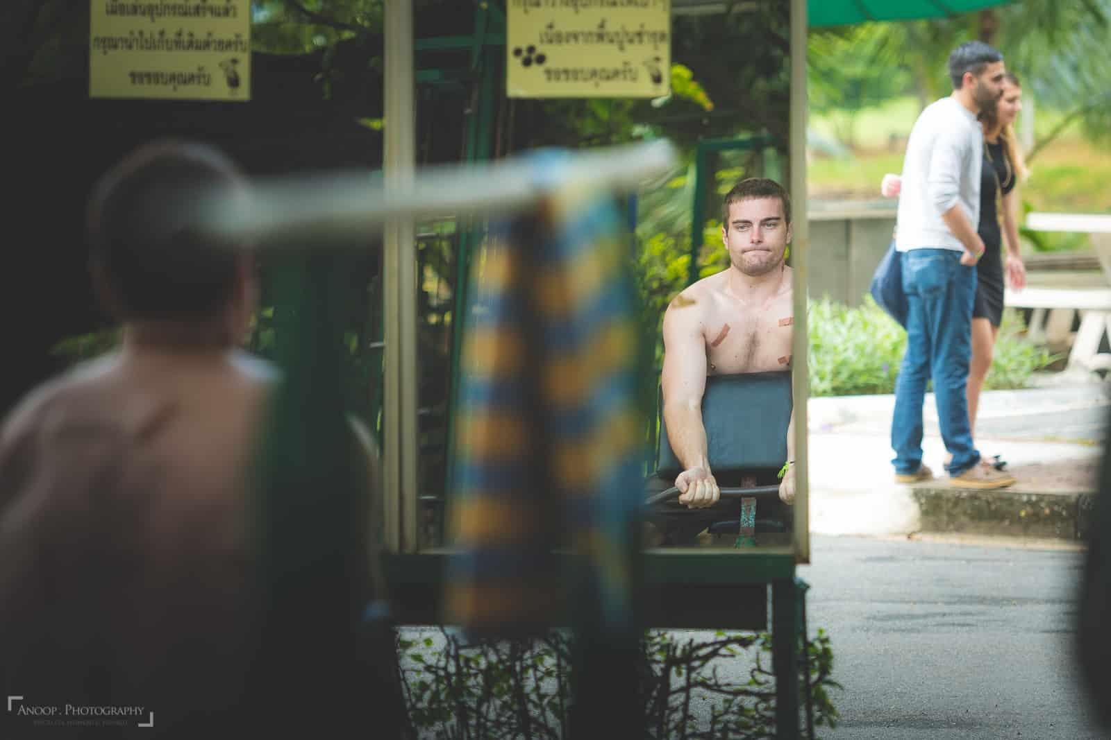 surprise-proposal-photography-thailand-lumpini-park-bangkok