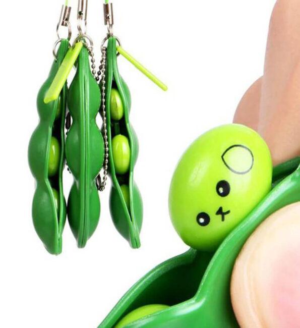 bean pod keychain fidget toy 1