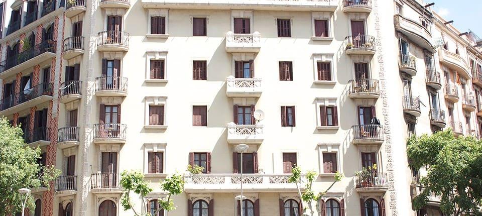 rehabilitacion fachadas barcelona