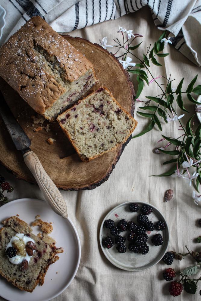 blackberry almnd cake with jasmin honey-1-11