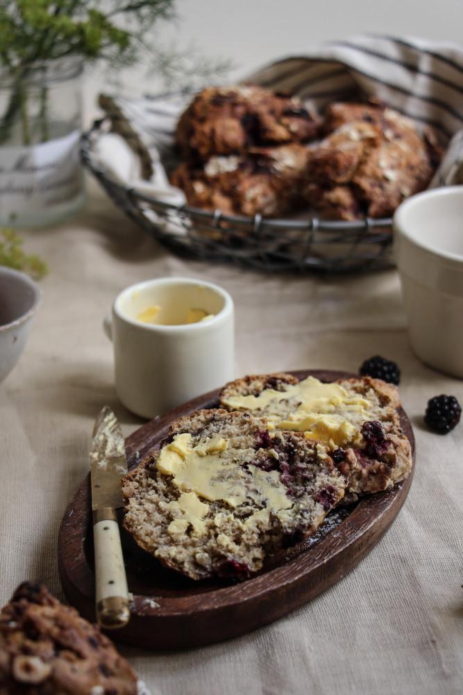 blackberry ginger scones with fennel sugar-1-17