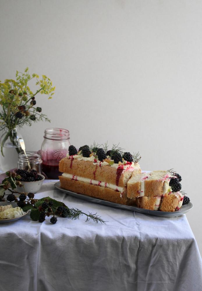 wild blackberry and fennel cake-1-13