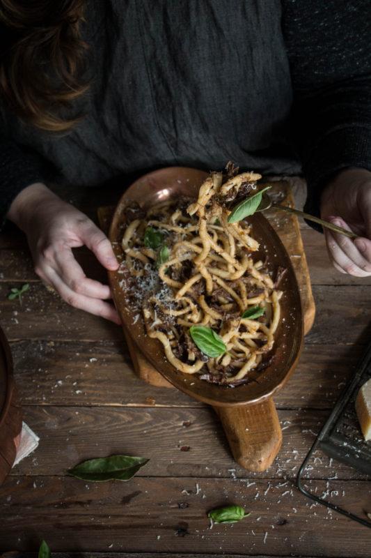 tuscan-braised-ox-cheek-with-chianti-and-pici-pasta-1