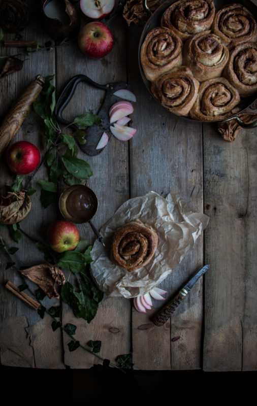 vegan-apple-cinnamon-buns-1-14-1