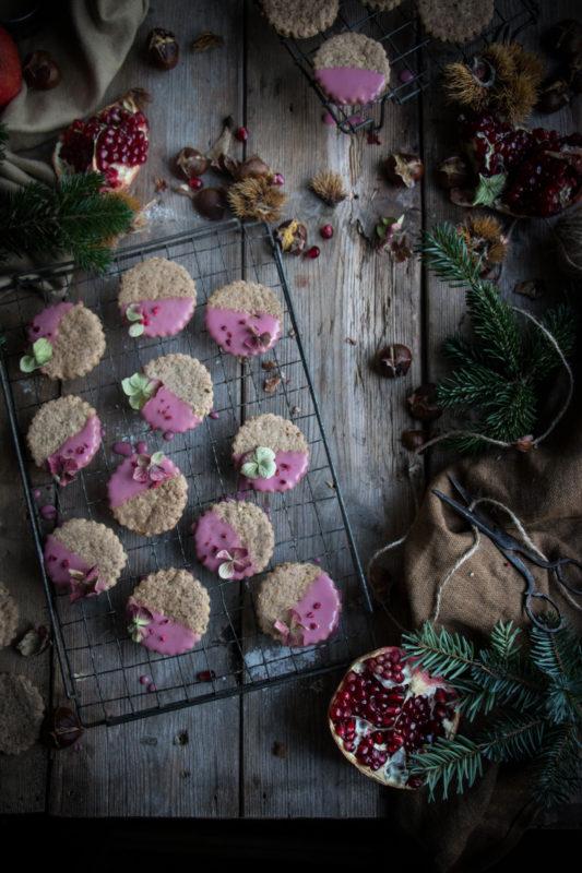 chestnut-cookies-with-pomegranate-glaze-1-2-1