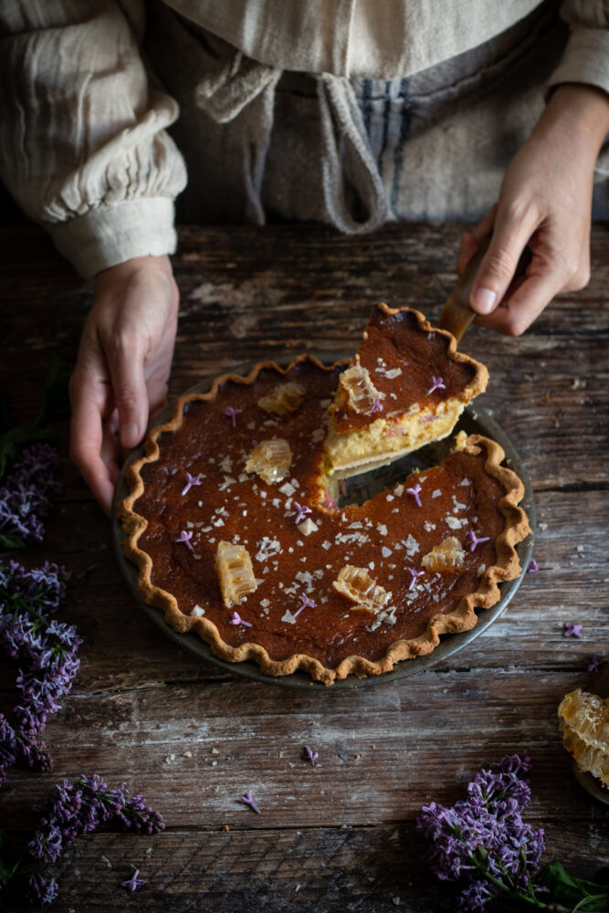 Lilac sugar salty honey pie with rhubarb