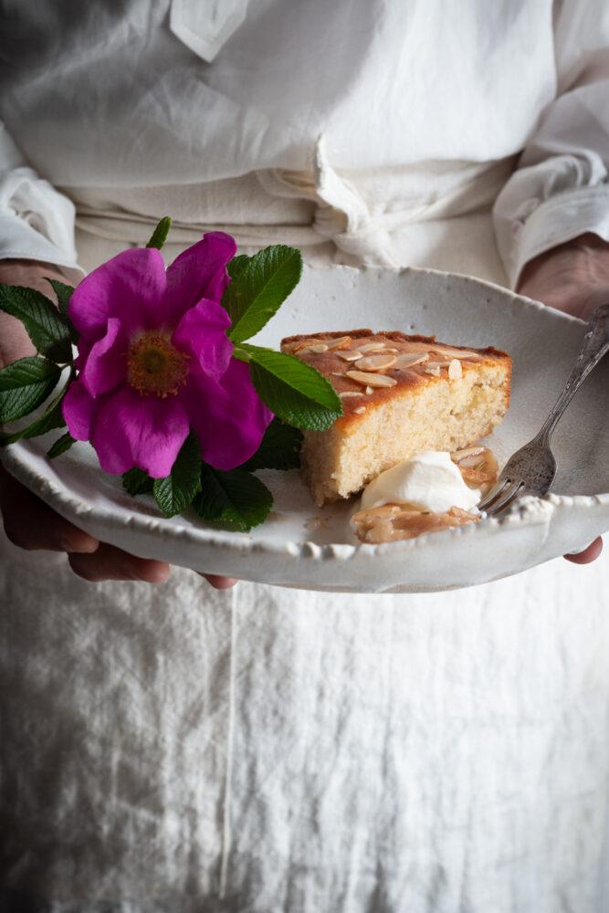 semolina almond cake with wild rose syrup