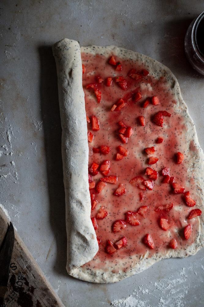 strawberry poppy seed buns