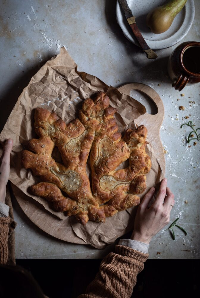autumn leaf fougasse