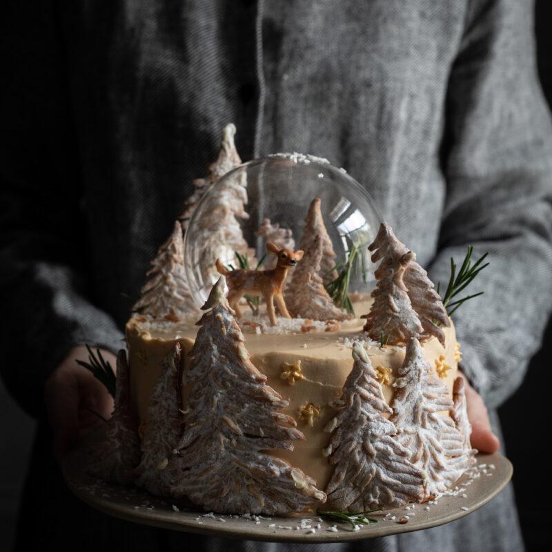 snow globe cake