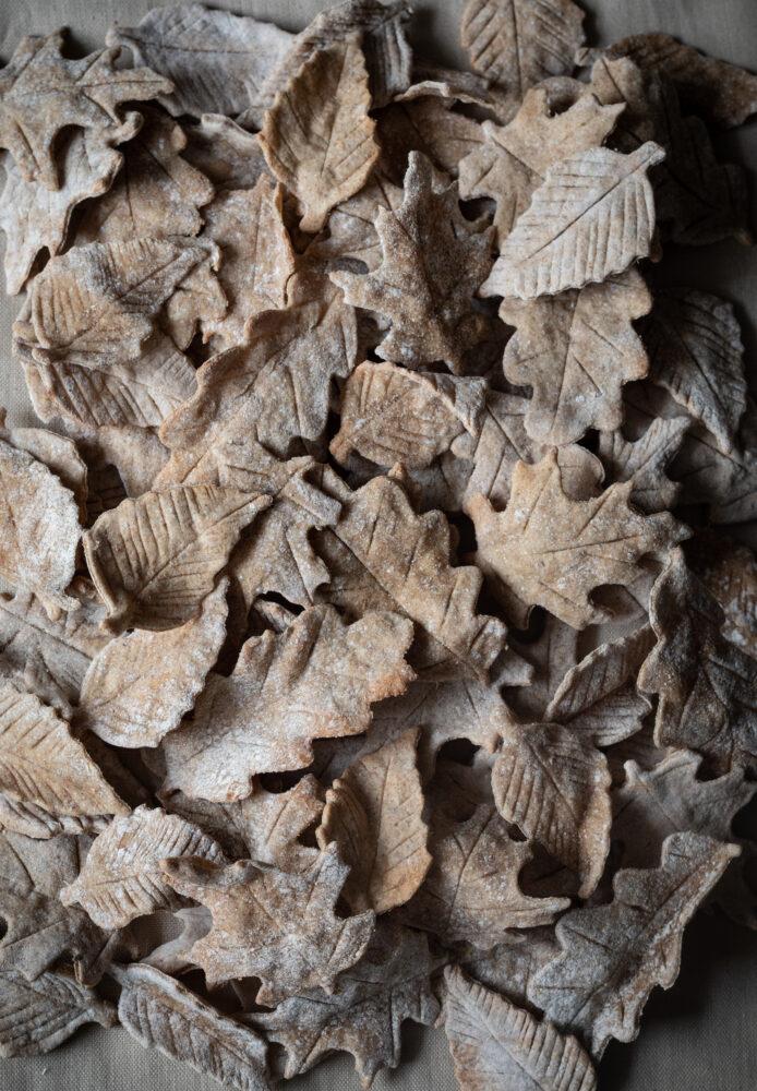 leaf crackers