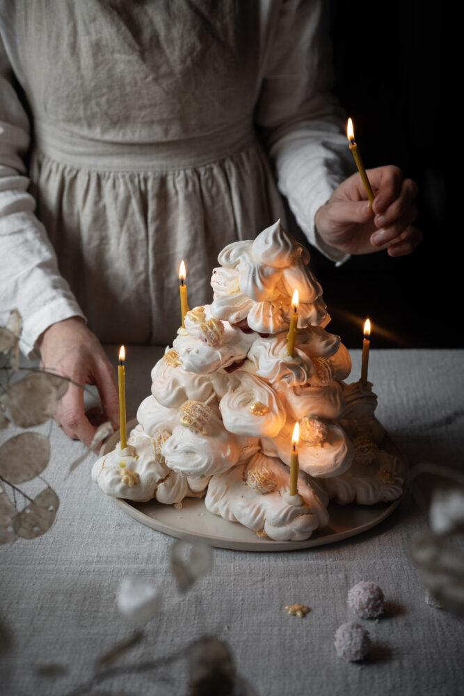 christmas meringue tree tower