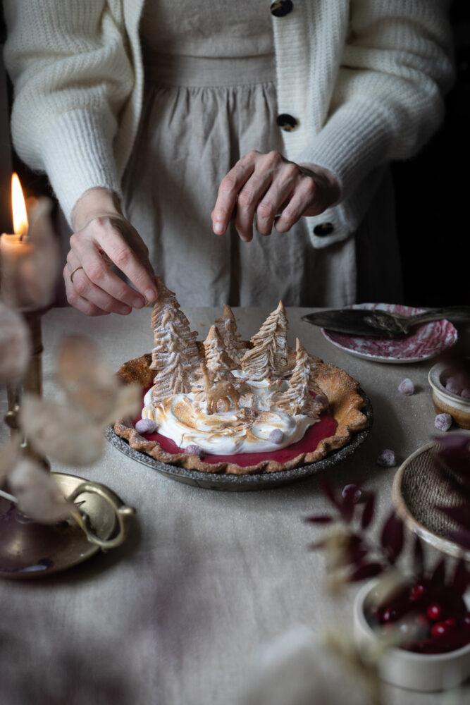 cranberry merinuge pie
