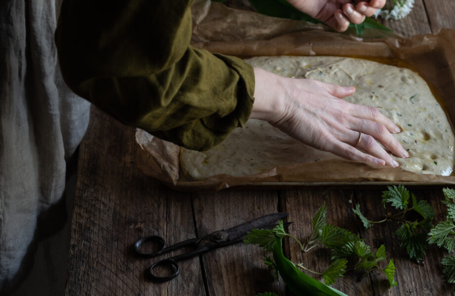 Wild garlic focaccia – Yeast or Sourdough