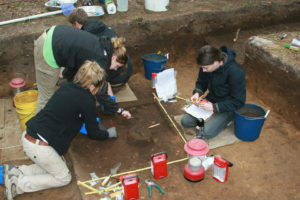Discovery of copper band shows Native Americans engaged in trade more extensively than thought. Excavations recovering copper band from site in coastal ...