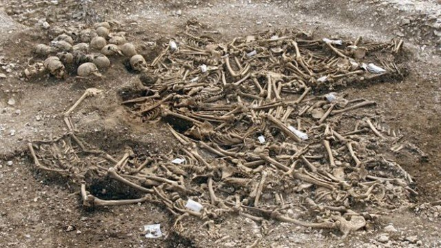 """Headless Vikings the """"most exciting & disturbing"""" archaeological discoveries in Britain in recent years"""