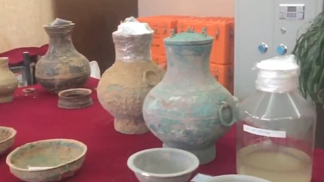 Archaeologist Found 2,000-year-old alcohol inside a lavish ancient tomb in China
