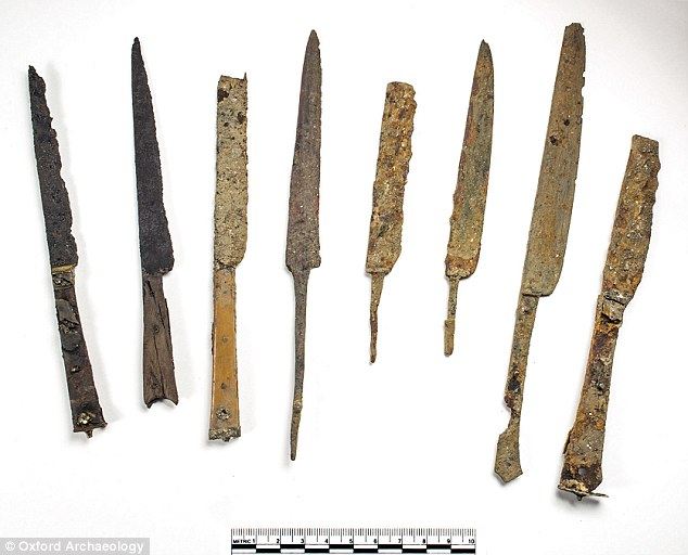 Iron knives with bone and wood handles and brass decoration were used to cut up joints of meat at mealtimes, which students and staff then ate with their hands