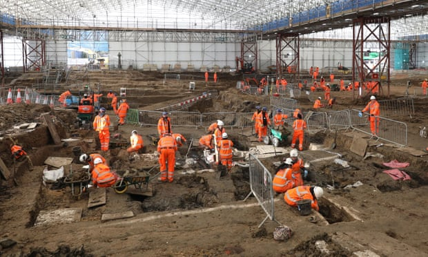 Archaeologists working on the HS2 project in St James's burial ground in London, where they discovered the remains of Matthew Flinders.