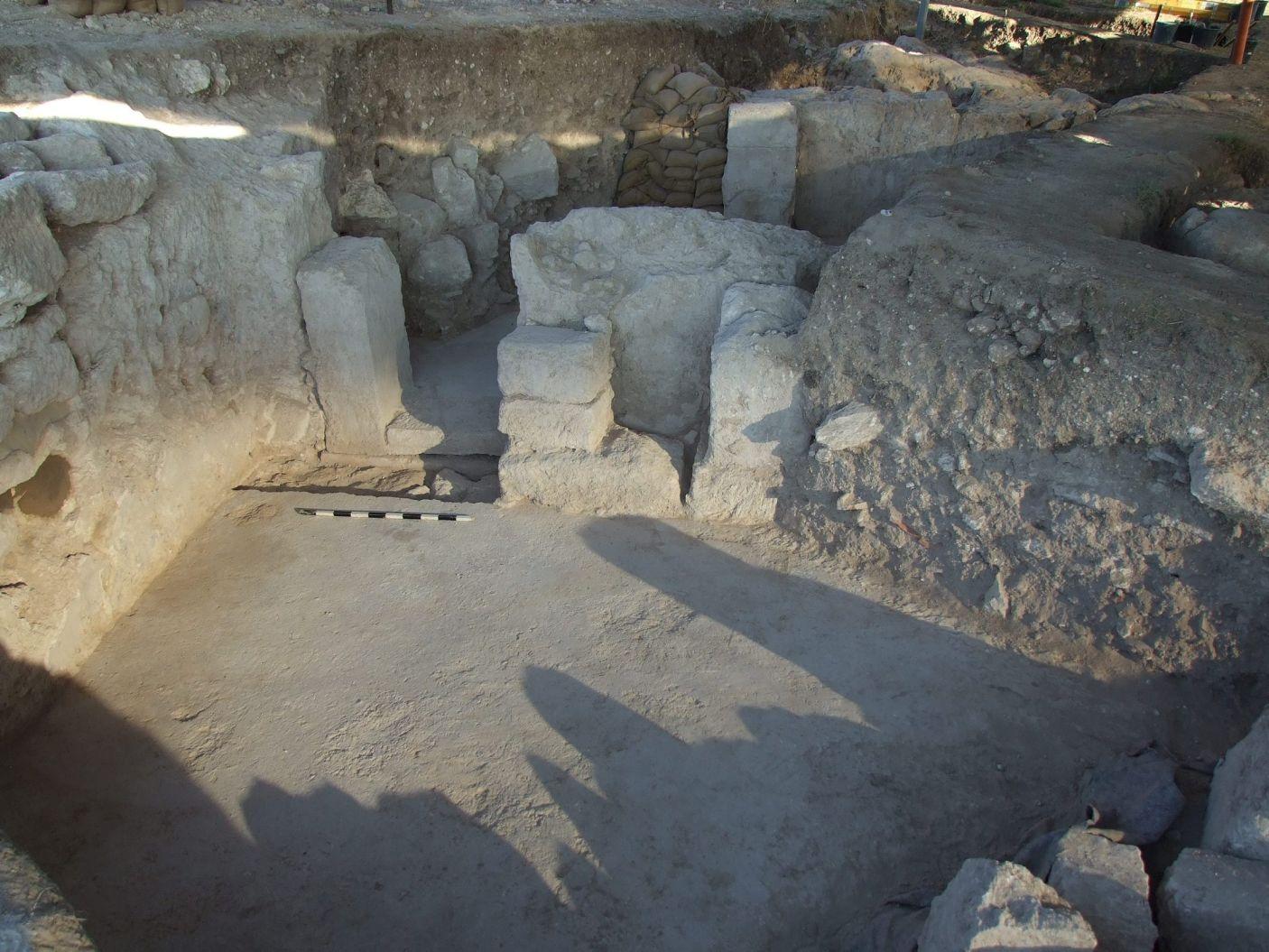 The monumental gate of the Principia at the Ironclads' Legionary Base at Legio